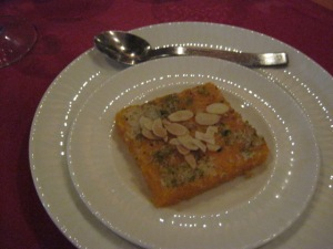 ? cake with pistachios