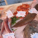 market fish stand
